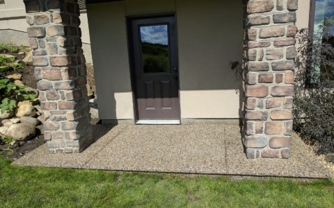 Concrete-Pebbled-Decorative-Cement-Entry