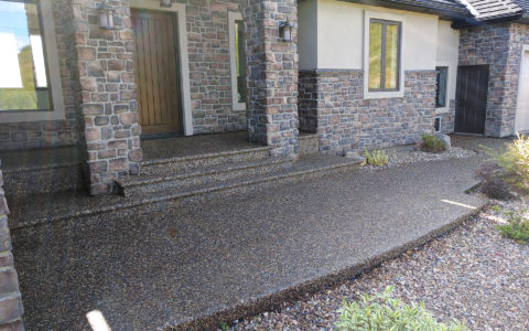 Concrete-Pebbled-Decorative-Cement-Entry-Sidewalk